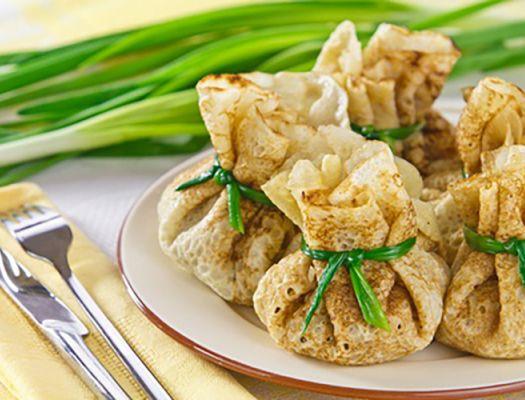 Plāno pankūku maisiņi ar vistas fileju