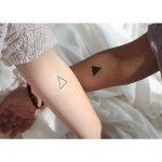 24 idejas pāru tetovējumiem. Kurus izvēlētos jūs? 20