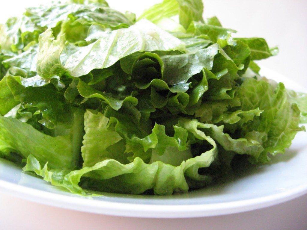 zaļie salāti