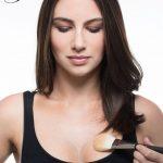 Pilnīgas krūtis bez operācijas: Kā vizuāli izcelt savu dekoltē 4