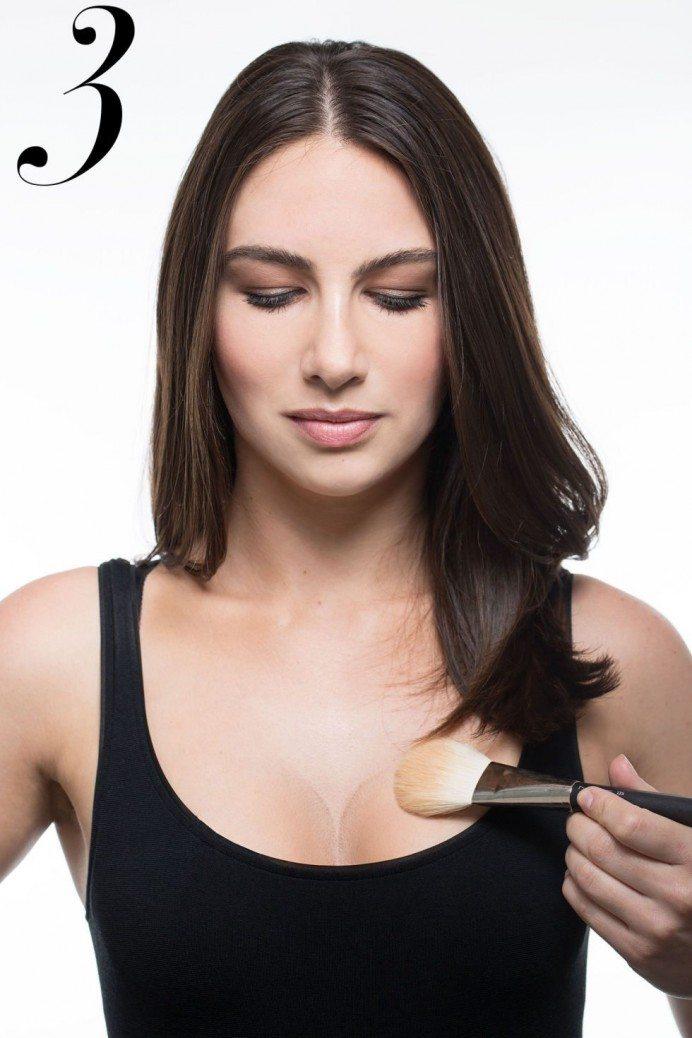 Pilnīgas krūtis bez operācijas: Kā vizuāli izcelt savu dekoltē 1