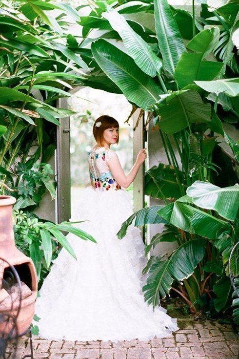 Oriģinālas idejas kāzu kleitai 12