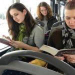 Rumānijā autobuss bez maksas tiem, kas tajā lasa grāmatas 1