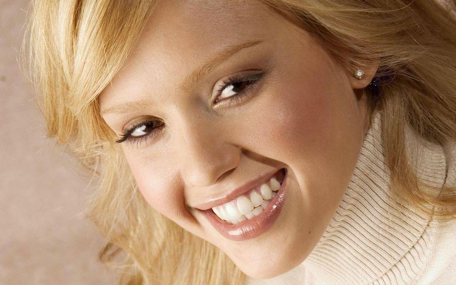 Padomi, kā iemācīties biežāk smaidīt
