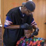 Šis frizieris bērniem griež matus pilnīgi bez maksas, bet ar vienu noteikumu 2