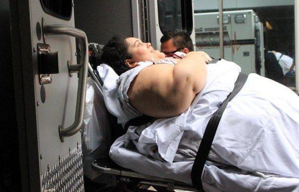 Absurds: Savos 24 viņa sver 300 kg, bet vīrs nevēlas, lai viņa notievē 3