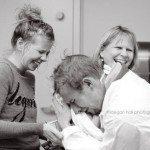 Aizkustinošie mirkļi: Tēti pirmo reizi ierauga savus jaundzimušos 12