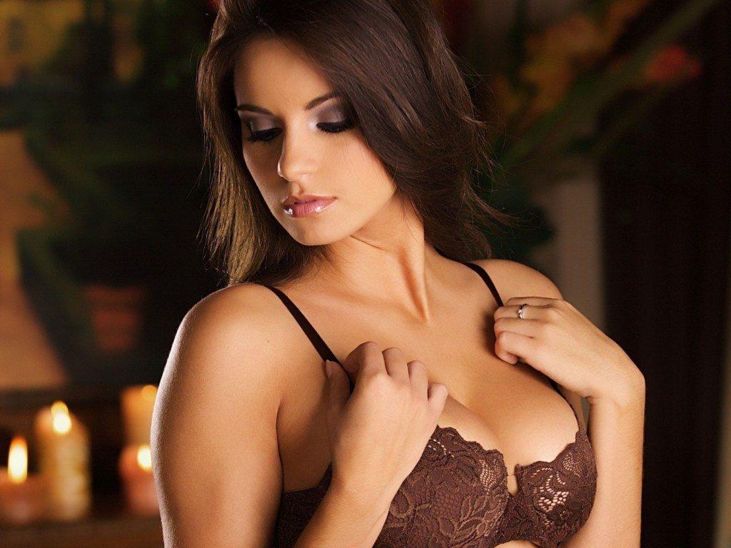 Kā piepacel krūtis un saglabā to tvirtumu mājas apstākļos