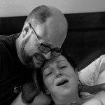 Aizkustinošie mirkļi: Tēti pirmo reizi ierauga savus jaundzimušos 14