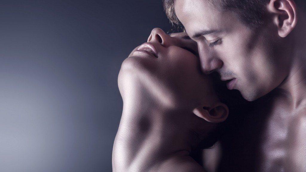 vīriešu domas skaļa seksa laikā