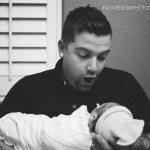 Aizkustinošie mirkļi: Tēti pirmo reizi ierauga savus jaundzimušos 9