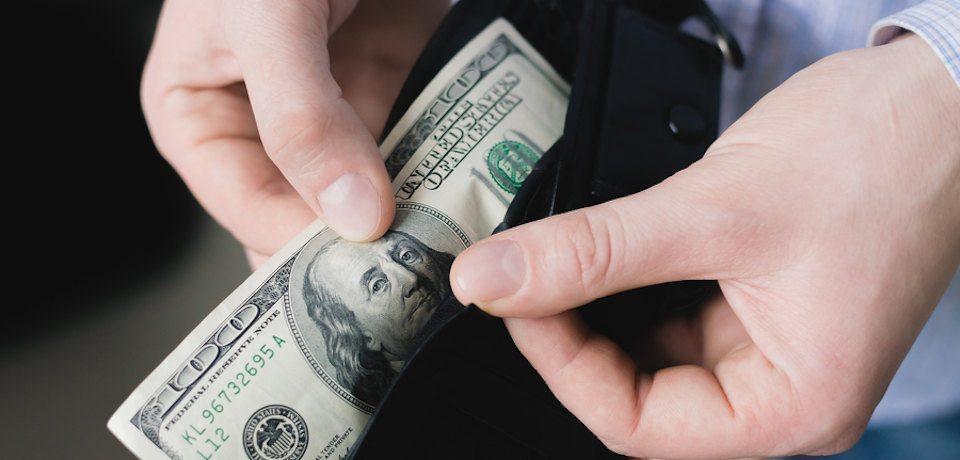 Kā pareizi kārtot naudu naudasmakā, lai tās kļūtu arvien vairāk