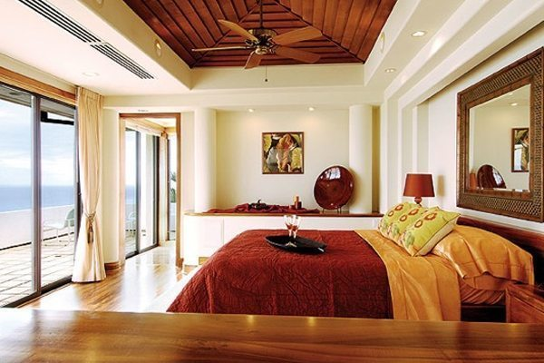 balance-your-bedroom-with-feng-shui-1369652609-feng-shui-bedroom1