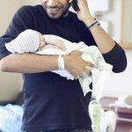 Aizkustinošie mirkļi: Tēti pirmo reizi ierauga savus jaundzimušos 21