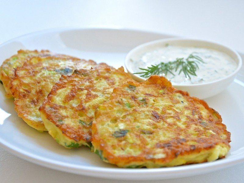 Pagatavo kartupeļu plācenīšus ar zaļumiem! Vienreizēja recepte