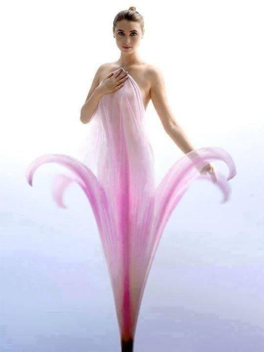 Paši skaistākie eņģeļi ar skaistākajiem ziediem... 1