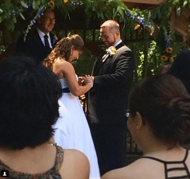 Sieviete zaudēja atmiņu, tādēļ viņas vīrs kāzas sarīkoja vēlreiz 2