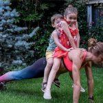 14 māmiņas, kuras pierāda, ka mazs bērns nav šķērslis, labi izskatīties 2