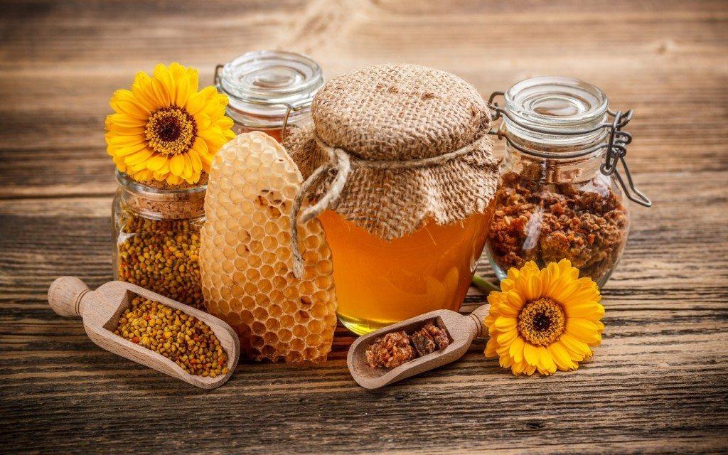 Kā ar medus palīdzību normalizēt asinspiedienu 2