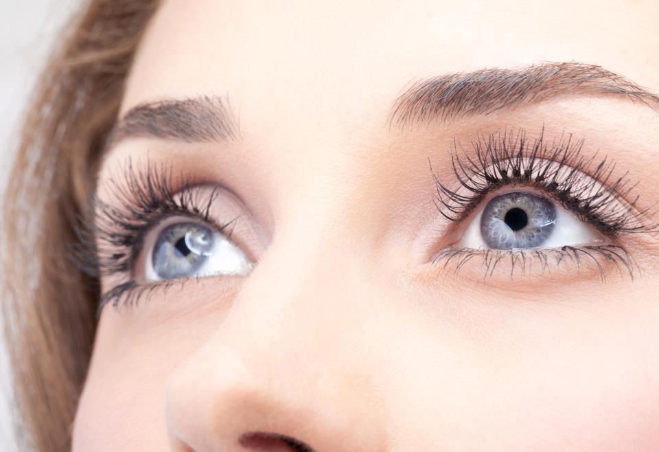 ojos-bates