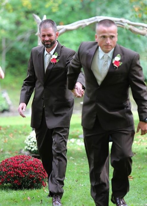 Tas, ko izdarīja tēvs meitas kāzās, saraudināja ikvienu 1