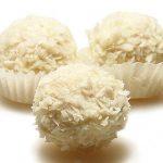 Gardas kokosriekstu konfektes ar mandelēm 2