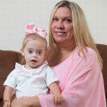Šī divgadīgā meitenīte ar dauna sindromu ir ļoti populāra bērnu modele 8