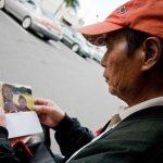 Pēc 10 gadu ilgas bezpajumtnieku fotogrāfēšanas,meitene viņu vidū atrada savu tēvu 7