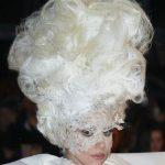 19 iespaidīgākās un prātā paliekošākās Lady Gagas frizūras 11