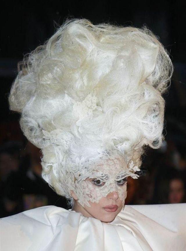 lady-gaga-haircuts-19-pics_11
