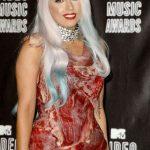 19 iespaidīgākās un prātā paliekošākās Lady Gagas frizūras 16