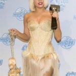 19 iespaidīgākās un prātā paliekošākās Lady Gagas frizūras 5