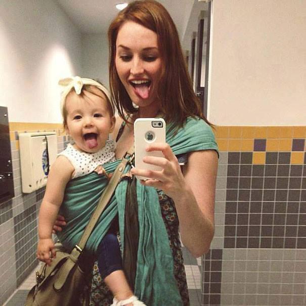 Kāda māte, tāda meita - 10 fotogrāfijās 10