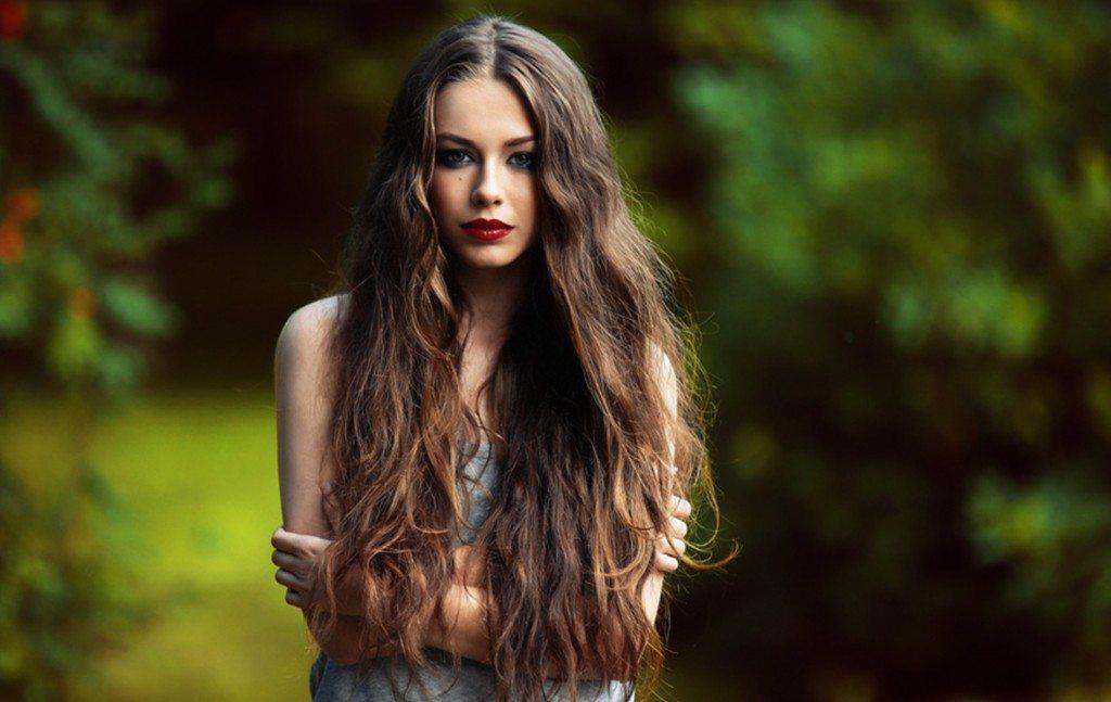 7 vienkārši veidi, kā ātri izaudzēt skaistus matus