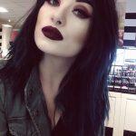 Šī rudens trends: 15+ paši stilīgākie tumšo toņu make-up piemēri 5