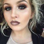 Šī rudens trends: 15+ paši stilīgākie tumšo toņu make-up piemēri 7