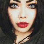 Šī rudens trends: 15+ paši stilīgākie tumšo toņu make-up piemēri 9