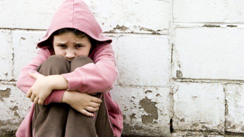 Austrāliete pamet bērnus, lai vaizbēgt uz Sīriju
