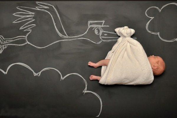 20 fantastiskas idejas kreatīvai zīdaiņu fotosesijai 13