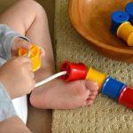 10 vienkāršas lietas ar kurām jūsu bērns spēlēsies ilgāku laiku 6