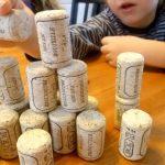 10 vienkāršas lietas ar kurām jūsu bērns spēlēsies ilgāku laiku 10