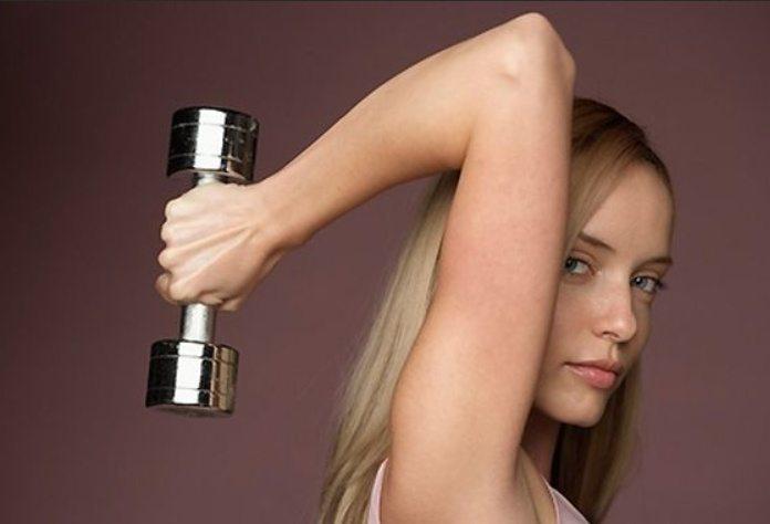 8 vingrinājumi, kuri jūs atbrīvos no ļenganām rokām un nostiprinās to muskuļus 10
