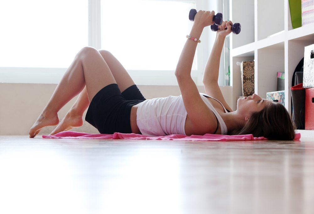 5 vingrinājumi, kuri sadedzina visvairāk kaloriju un tos var izpildīt mājās 1