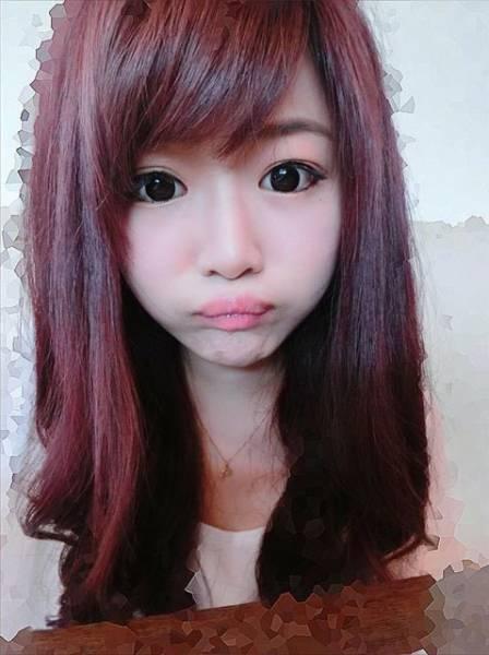 Šī meitene ir iespējams pati skaistākā McDonalds darbiniece 17