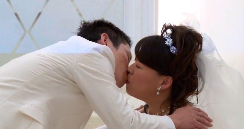 Līgavainis savu līgavu gaidīja 8 garus gadus. Laimīgās beigas aizkustināja visus... 11