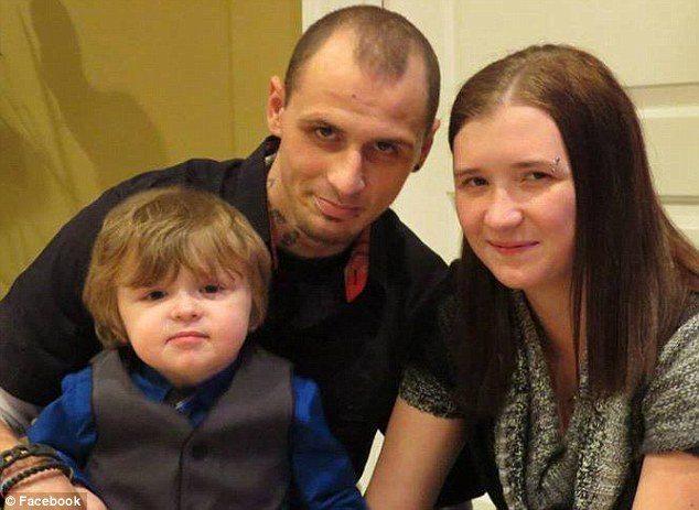 Viņas četrgadīgais dēls bija pilnīgi vesels, bet nomira, līdz ko pasmaržoja šo garšvielu 3