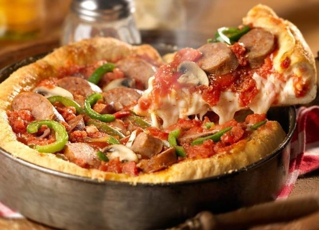 """Pica – pīrāgs """"Čikāga"""" pēc Džeimija Olivera receptes"""