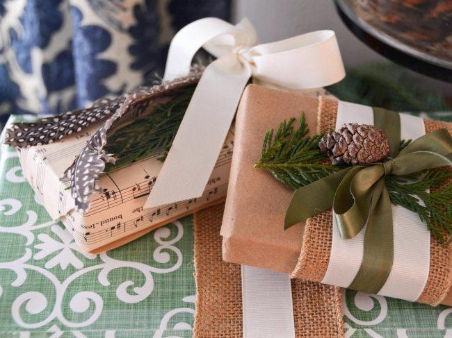 15 radošas idejas dāvanu iesaiņošanai. Smelies iedvesmu un pārsteidz savus mīļos! 1
