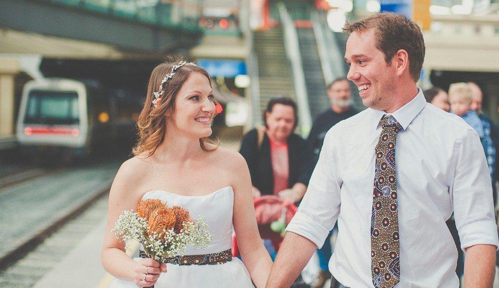 Šis pāris savas kāzas nosvinēja metro 1