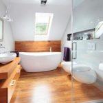 Pārkāpjot ierastā robežas: modernas tendences vannasistabas dizainā 2